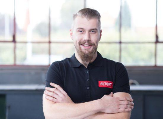 Leenert Koring – KFZ-Meister – seit 2009 im Betrieb